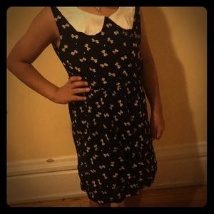 Other - A dress with bows